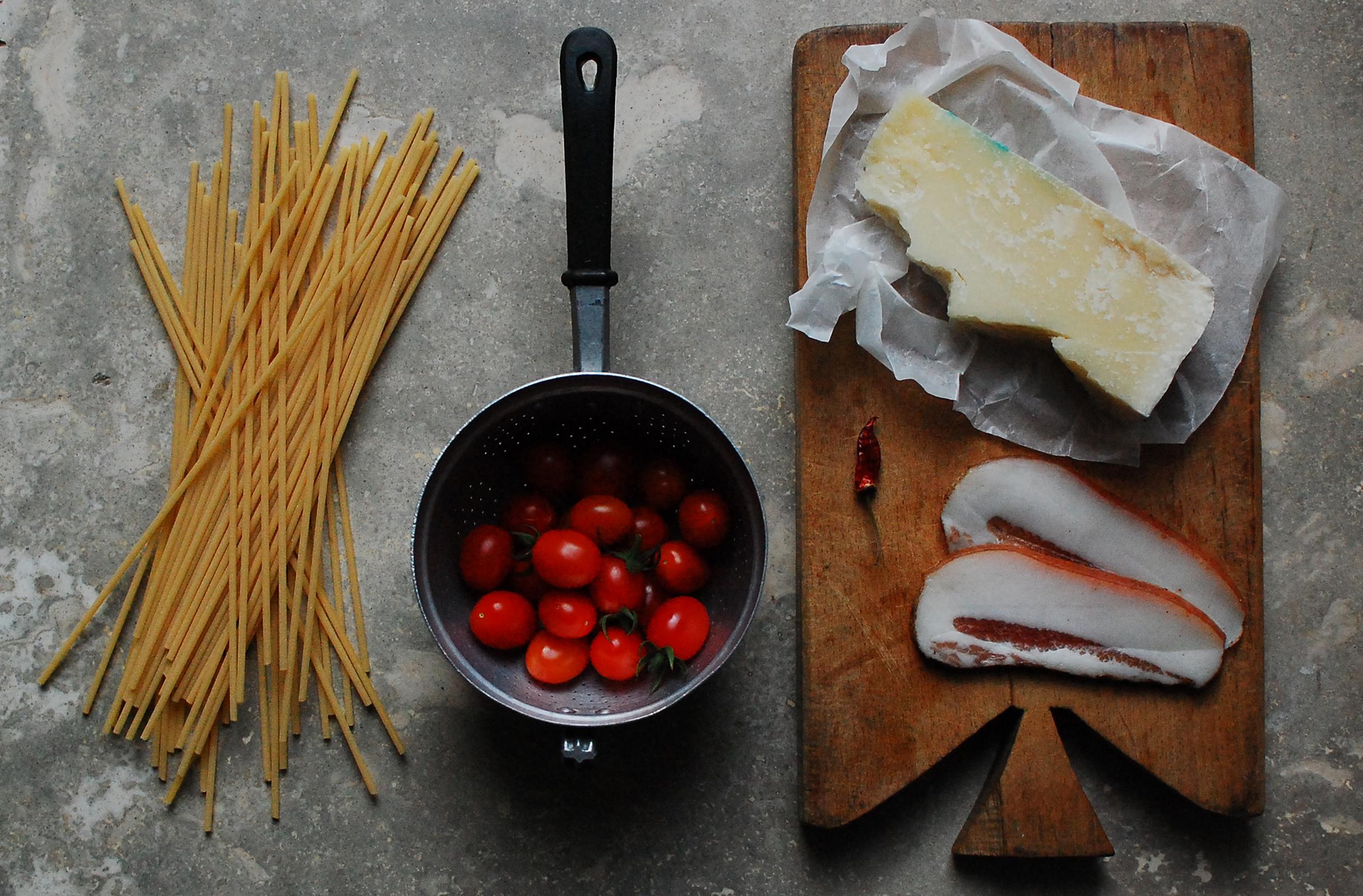 ingredients-amatriciana